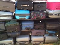 CHEAP USED SUITCASE £12 - COLLECTION FROM RADLETT IN HERTFORDSHIRE