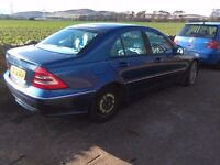 2001 Mercedes C Class W203 C200 kompressor BREAKING for parts spares saloon in blue