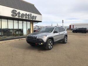 2016 Jeep CHEROKEE TRAILHAWK 4X4! V6! SUNROOF! LEATHER!