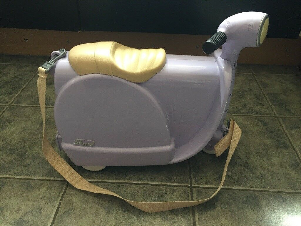 Lilac scoot suitcase