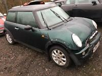 Mini Cooper breaking for parts 2001