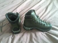 ASOLO powermatic 500 GTX Hiking boots, size UK7 ( wide fit) gore tex