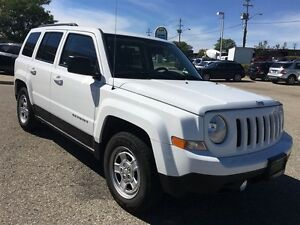 2013 Jeep Patriot NORTH ONLY 49KM NO ACCIDENTS 4dr FWD Sport/Nor Kitchener / Waterloo Kitchener Area image 8
