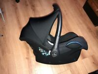 Maxi-Cosi CabrioFix Group 0+ Car Seat, black, fantastic condition