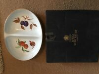 Brand New - Never Used - Royal Worcester Evesham Gold Serving Dish