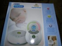 BABY MONITOR - TOMY FIRST YEARS DIGITAL TF525 BRAND NEW IN BOX