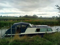 Canal / Riverboat (Strourport boat builder's) Cruiser for sale.