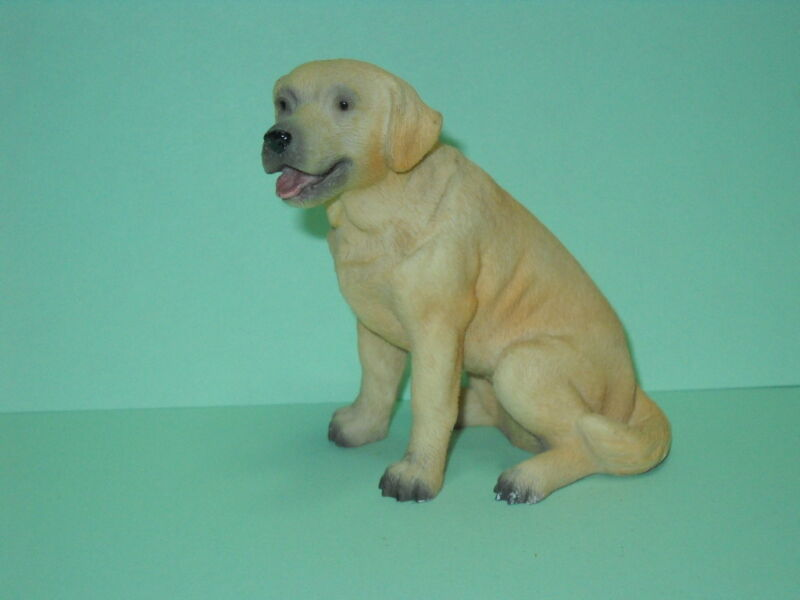"""Golden Retriver, 3"""" to 4"""", Hand Painted,  Dog Figurine"""