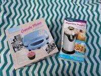 Popcorn maker and cupcake maker
