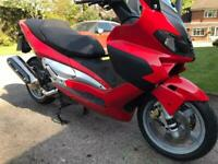 Gilera Nexus 500ie sports scooter 2004