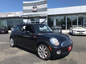 2008 MINI Cooper Hardtop Classic, 6 Speed Manual, ONLY 133,000KM