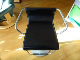 Calligaris (Italian) retro style bar stool - black leather and metal, height-adjustable - a classic!