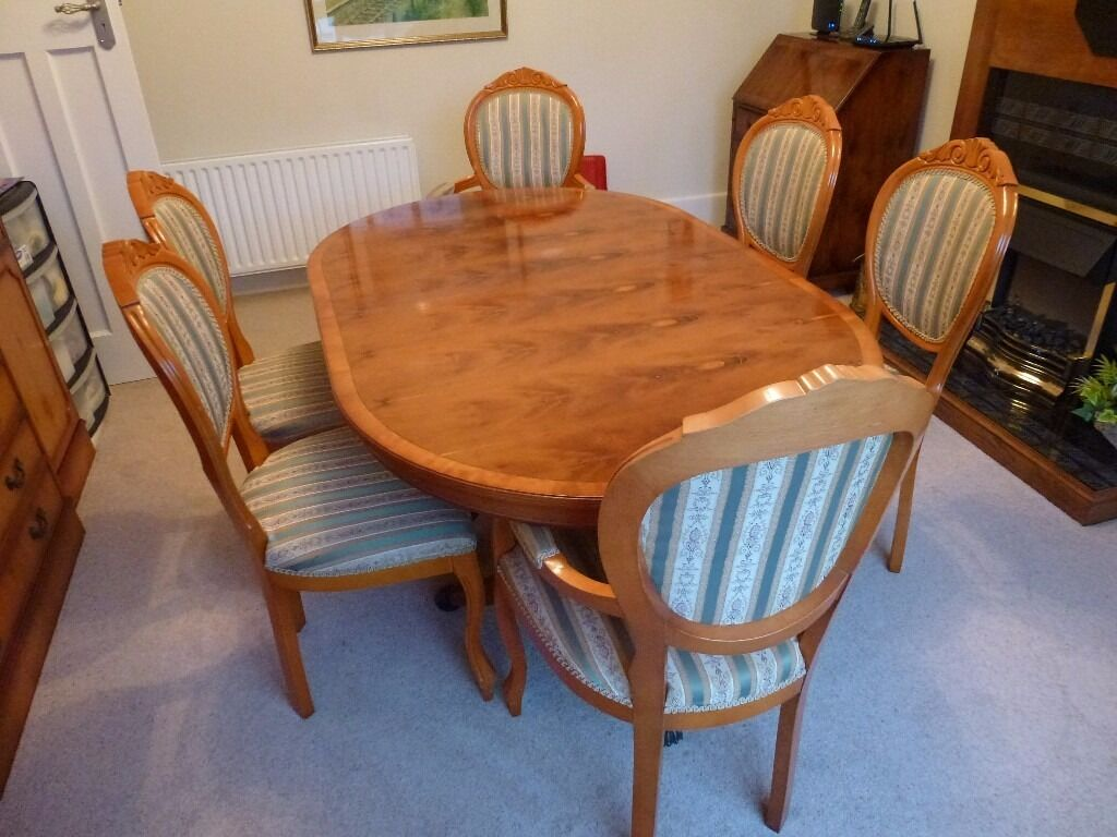 Yew Dining Room Table And Chairs