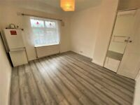 RECENTLY RENOVATED-Prime Location 4 Double bedrooms, 2 receptions, 3 toilets in Dagenham