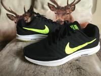 Teen's/men's size 6.5 Nike trainers