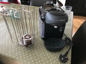 Bosch Tassimo machine, pod stand and 6 latte glasses