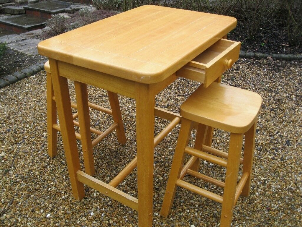 Chunky kitchen table stools 2 or 4 delivery poss also for chunky kitchen table stools 2 or 4 delivery poss also for watchthetrailerfo