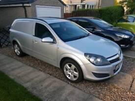 Vauxhall Astra 1.7 cdti sportive vs.