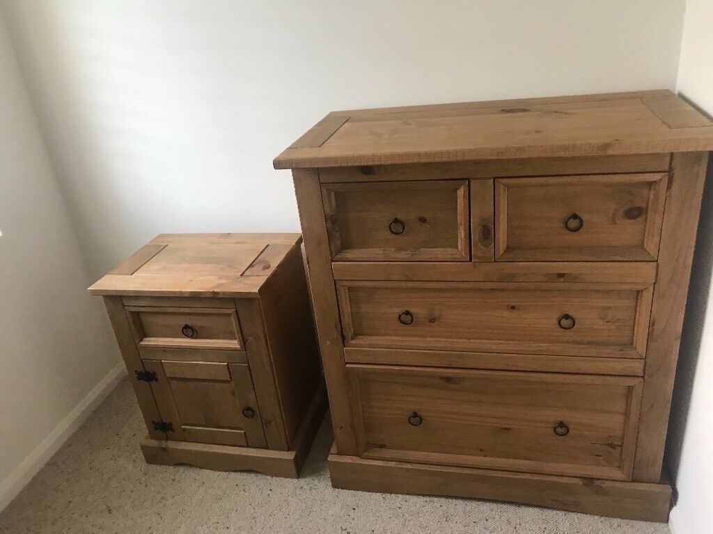 Bedside tables (x2) and drawers
