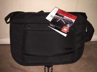 Brand New Samsonite Xenon 2 Messenger Bag