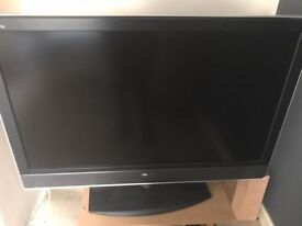 Sony Bravia 40 Inch TV HDMI Freeview with remote mint condition