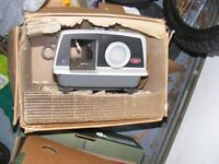 JOB LOT OF CAMERAS,SLIDE PROJECTOR,RELATED BOOKS