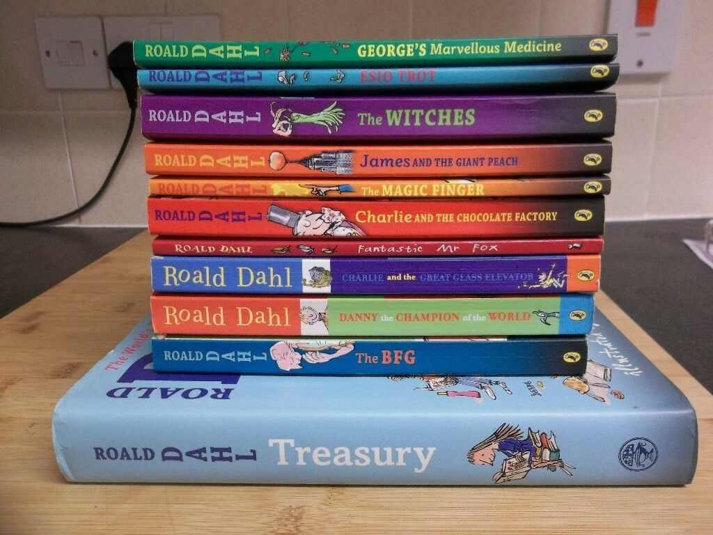 11 Roald Dahl Books in lovely condition