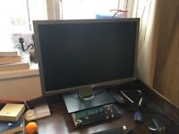 Dell monitor 22 inch, model 2209WA