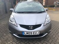 HONDA JAZZ 1.4 FULLY AUTOMATIC, 2009, NEW SHAPE, FULL SERVICE HISTORY, 1 PREVIOUS OWNER. LADY OWNER