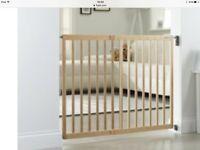 Lindam wooden extending stairgate