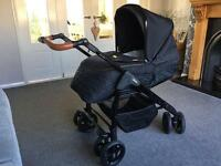 Silver Cross Limited Edition Country Club Travel System with car seat and isofix base