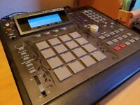 Akai MPC 3000LE #333 with Vailixi 3.50 OS, CF Card Reader, 32MB RAM, Flight Case and more!