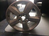 Toyota rav4 Silver Alloy Wheel *1