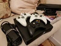 Xbox 360 Slim - Kinect - 3 controllers + Games (FIFA ++++ more )
