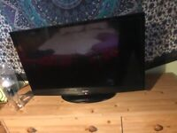 32inch Bush HD LCD TV - fully functional with remote