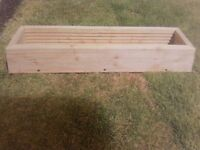 2 foot decking planter