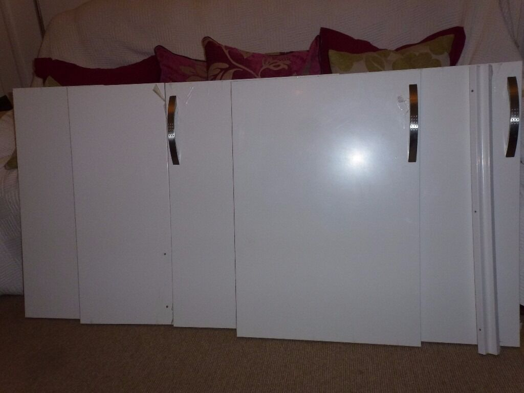 Kitchen Doors - Gloss White B & Q Santini Range