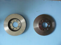 Pair of Front Brake Discs for Honda Jazz, City, Logo