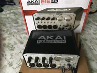 AKAI EIE PRO Audio midi interface soundcard with usb 2 hub