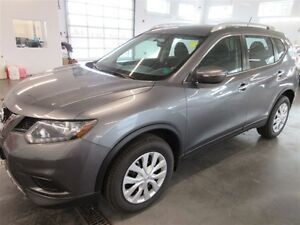 2015 Nissan Rogue S! AWD! BACK-UP! ONLY 21K!