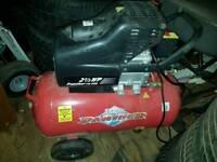 Clarke panter spairs or repairs air compresser