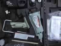Hitachi NR 90GC2 fist fix