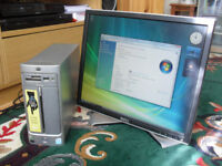 SMALL HP PC SYSTEM