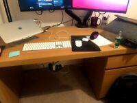 Malm Computer desk