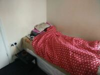 Single room fully furnished and refurbished £400 per month including all bills