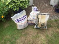 Free 2 bags building sand +1 bag of stone chipping