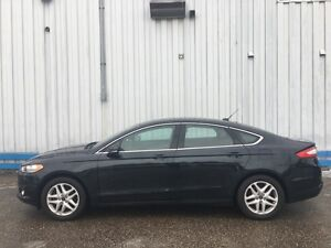 2014 Ford Fusion SE *LEATHER-HEATED SEATS* Kitchener / Waterloo Kitchener Area image 2