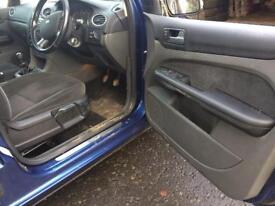 Ford Focus Ghia interior 2007
