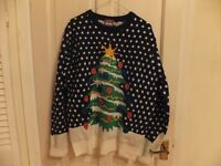 CHRISTMAS JUMPER: CHRISTMAS TREE DESIGN WITH LIGHTS