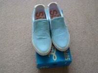 NEW ladies super loot shoes size 6